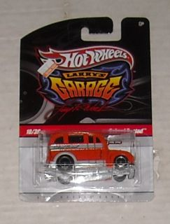 2009 Mattel Hot Wheels Larrys Garage School Busted 1 Diecast