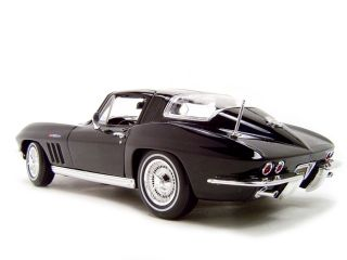 1965 Chevrolet Corvette Black 1 18 Scale Diecast Model