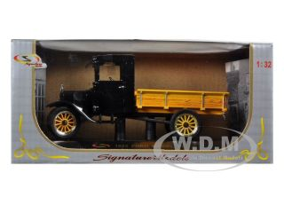 1923 Ford Model TT Pickup Truck Black 1 32 Diecast by Signature Models
