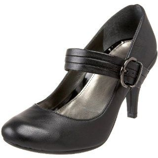 Kenneth Cole REACTION Womens Chick Flick Pump,Black,4 M US Shoes